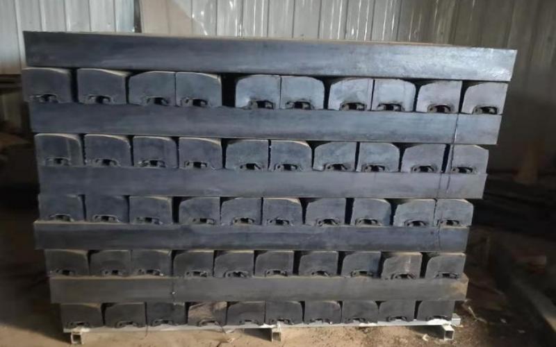电厂脱硫球磨机橡胶衬板